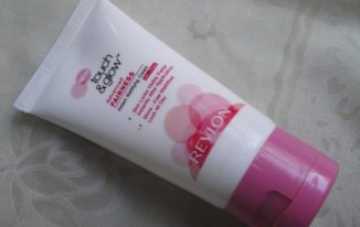 revlon-touch-glow-advanced-fairness-cream how to get glowing skin