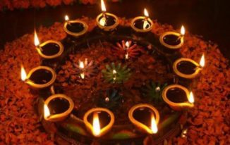 tradition-of-lighting-diyas-happy diwali 2016