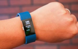 fitbit-charge-2 fitness trackers